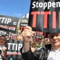 """Stoppt Freihandelsabkommen TTIP"". Foto: CC BY-NC 2.0 by campact."