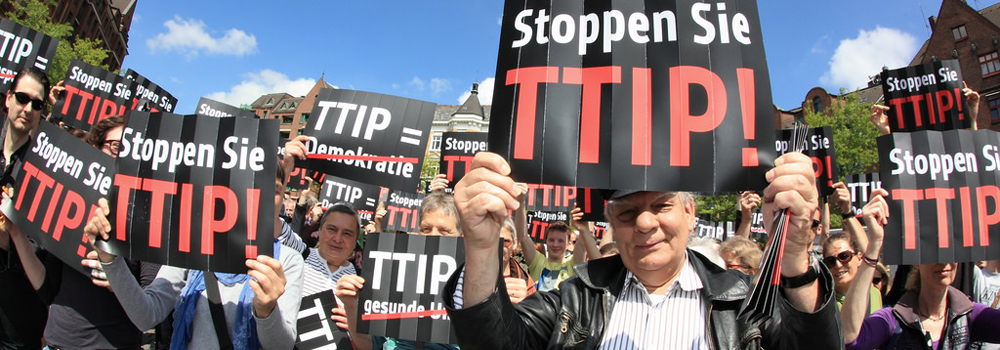 """Stoppt Freihandelsabkommen TTIP"". Foto: CC BY-NC 2.0 by campact."